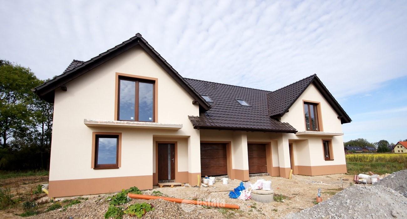 Dom bliźniak na sprzedaż w Brzezince Średzkiej